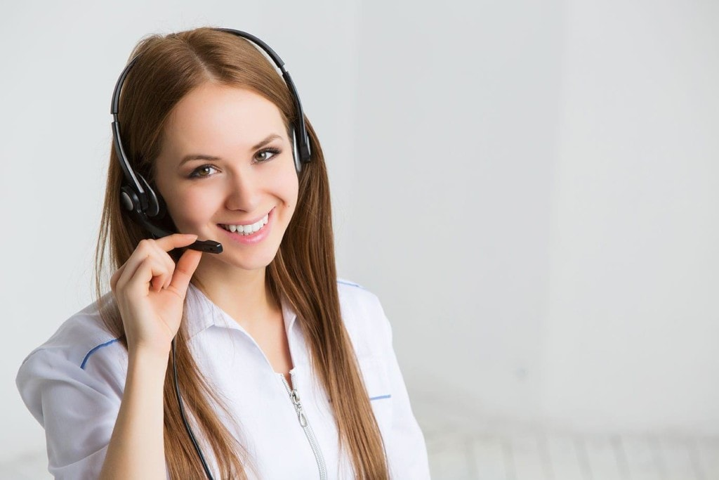 Photo of a customer service representative.